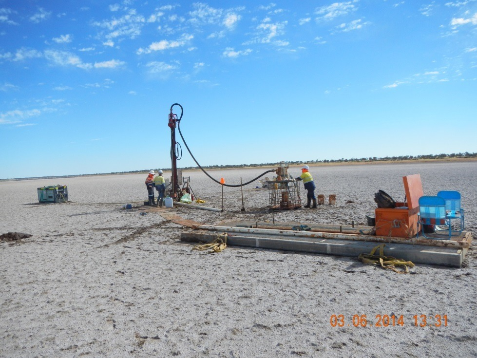 Heli-portable air core drill rig on Lake Hopkins